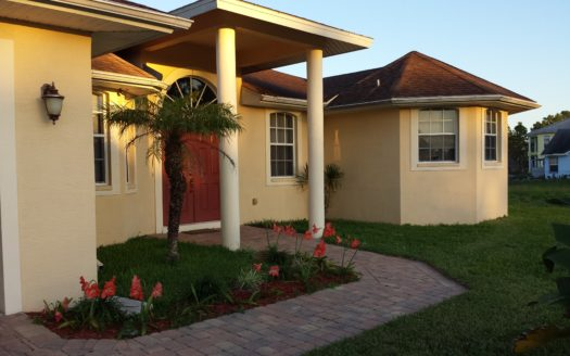 House for sale in Lehigh Acres
